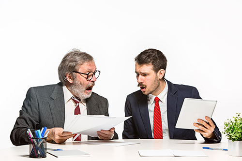 Mlad ili iskusan djelatnik – kako izabrati kada nema vremena za uhodavanje u posao?